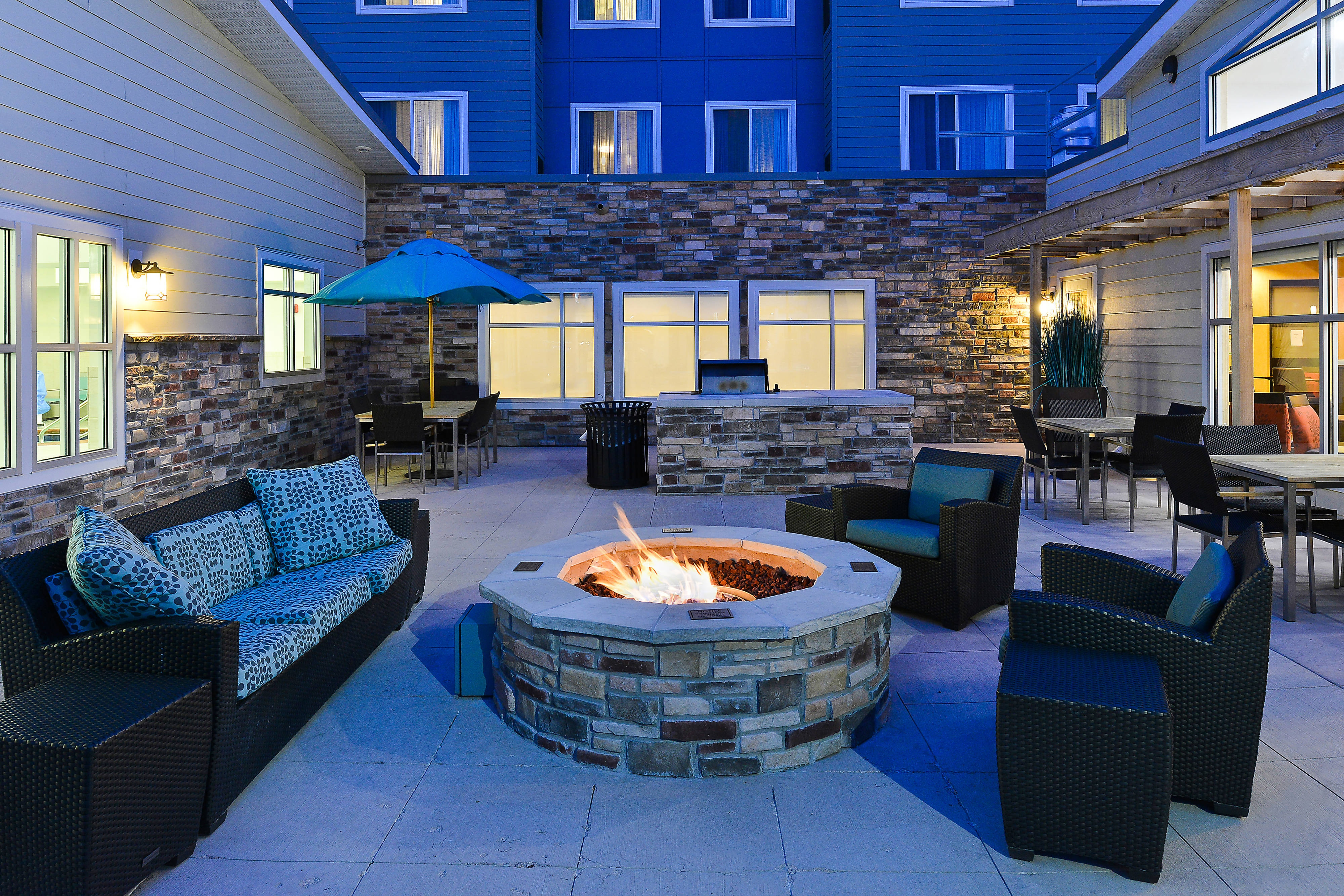 Firepit and Grill