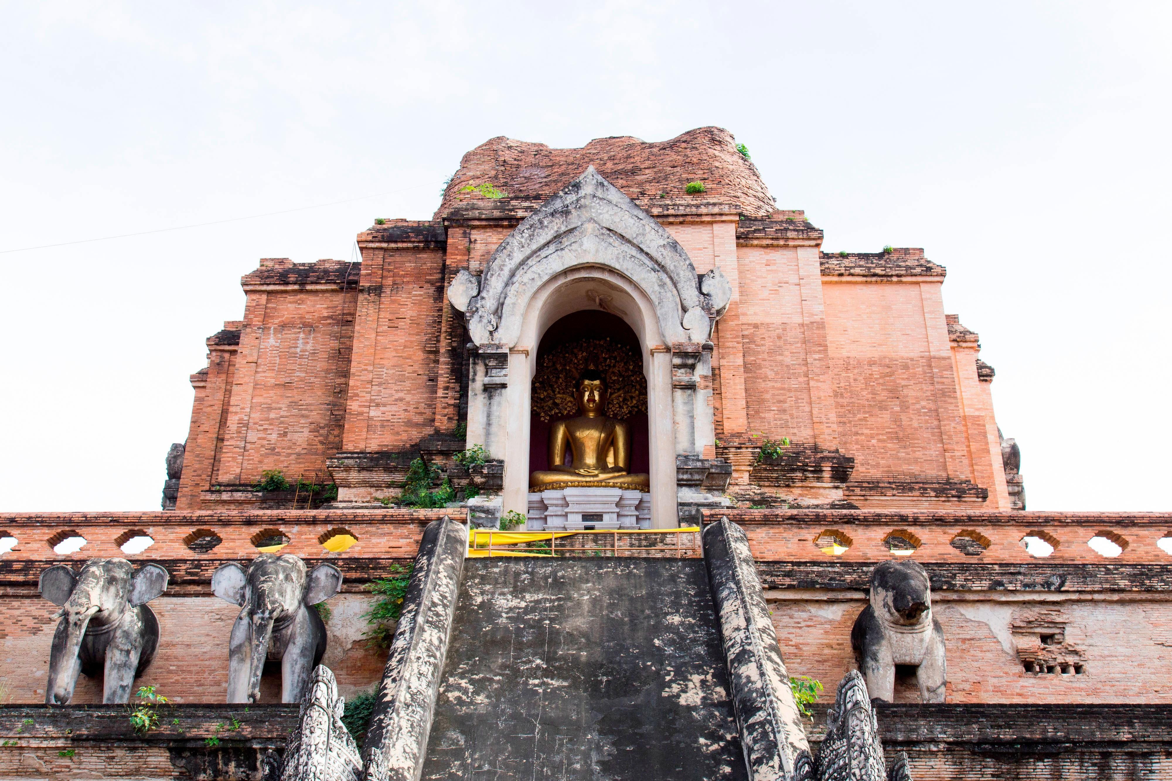 Chedi Luang temple