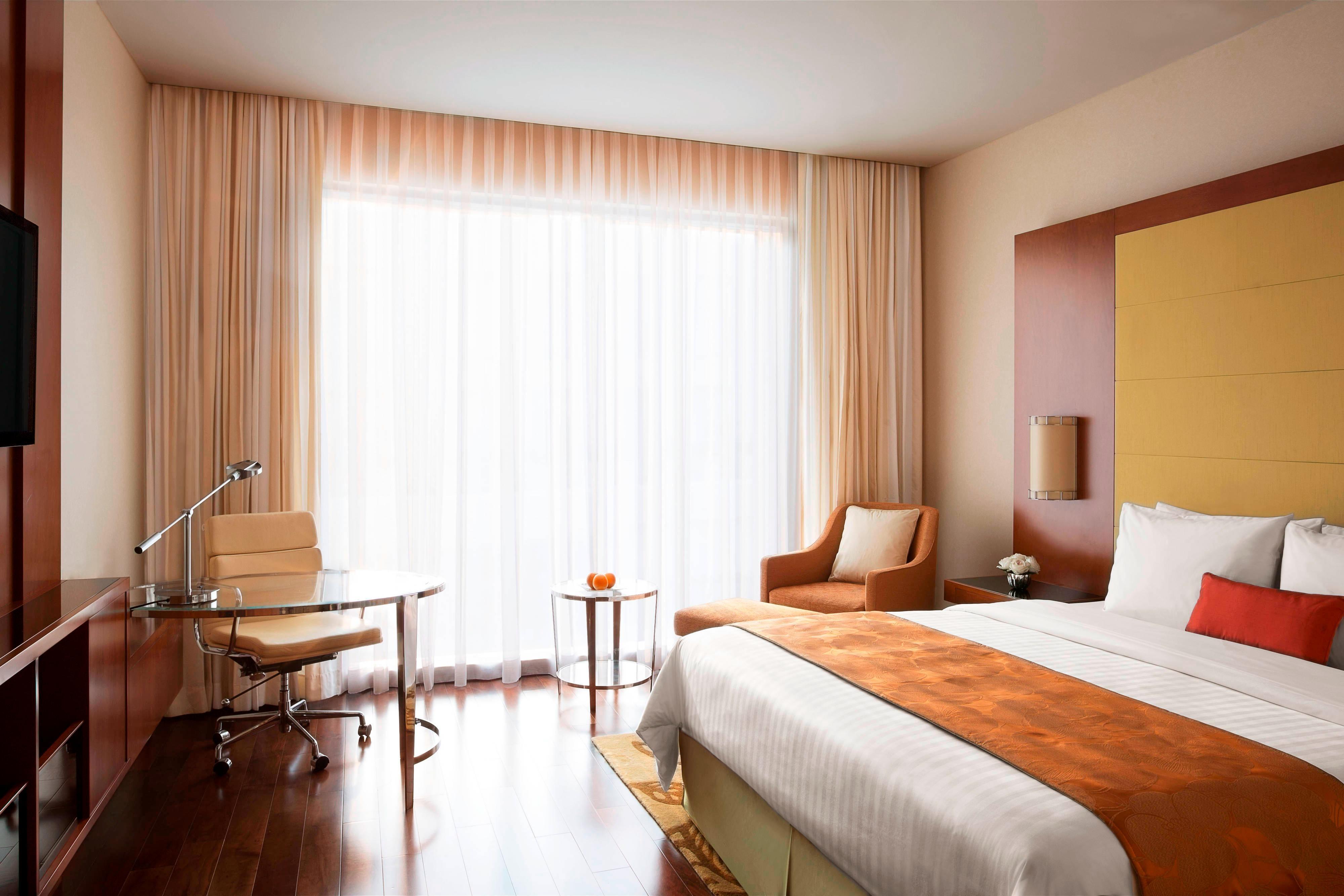 Chambre de luxe avec très grand lit