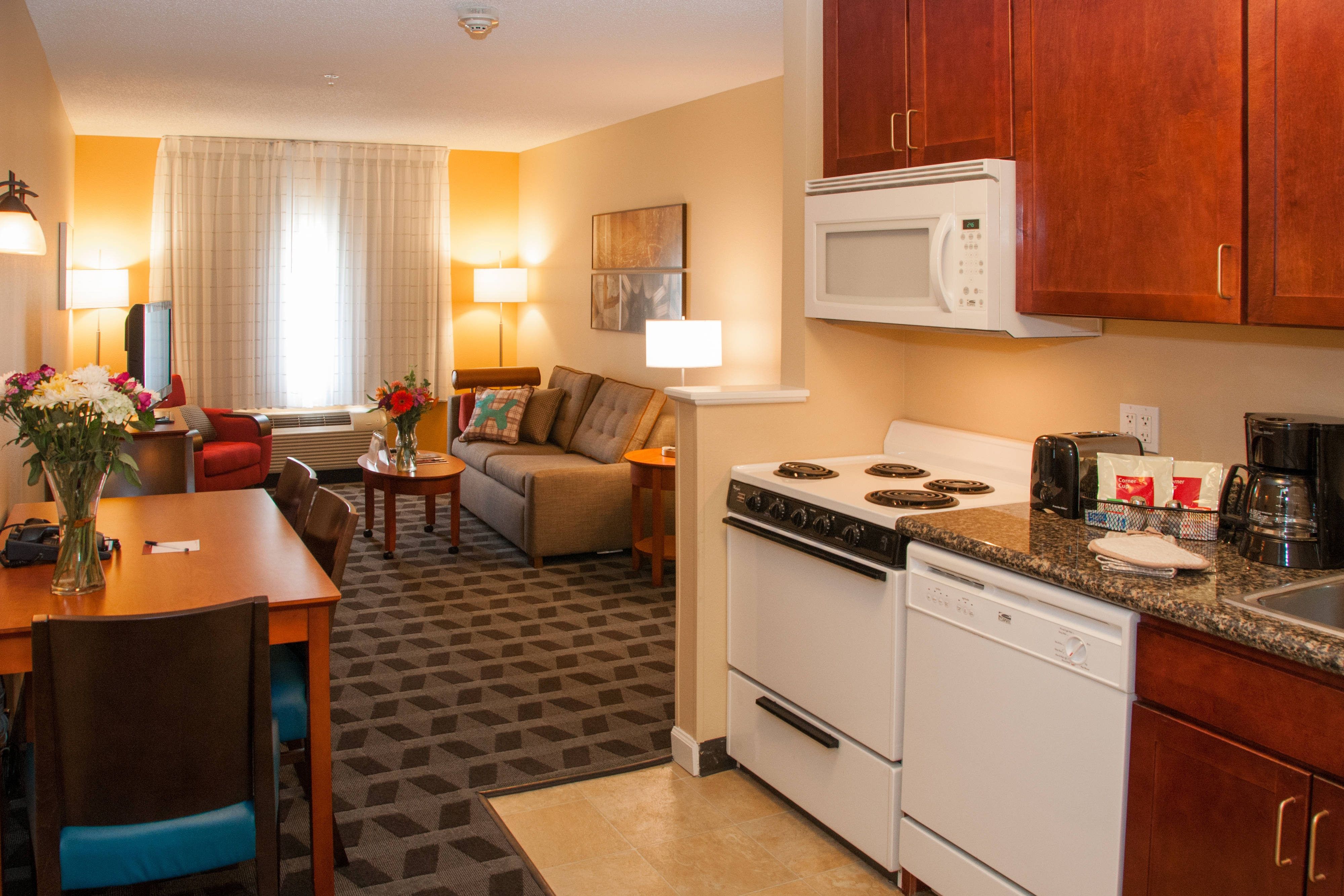 Towneplace Suites Colorado Springs South Hotel Amenities