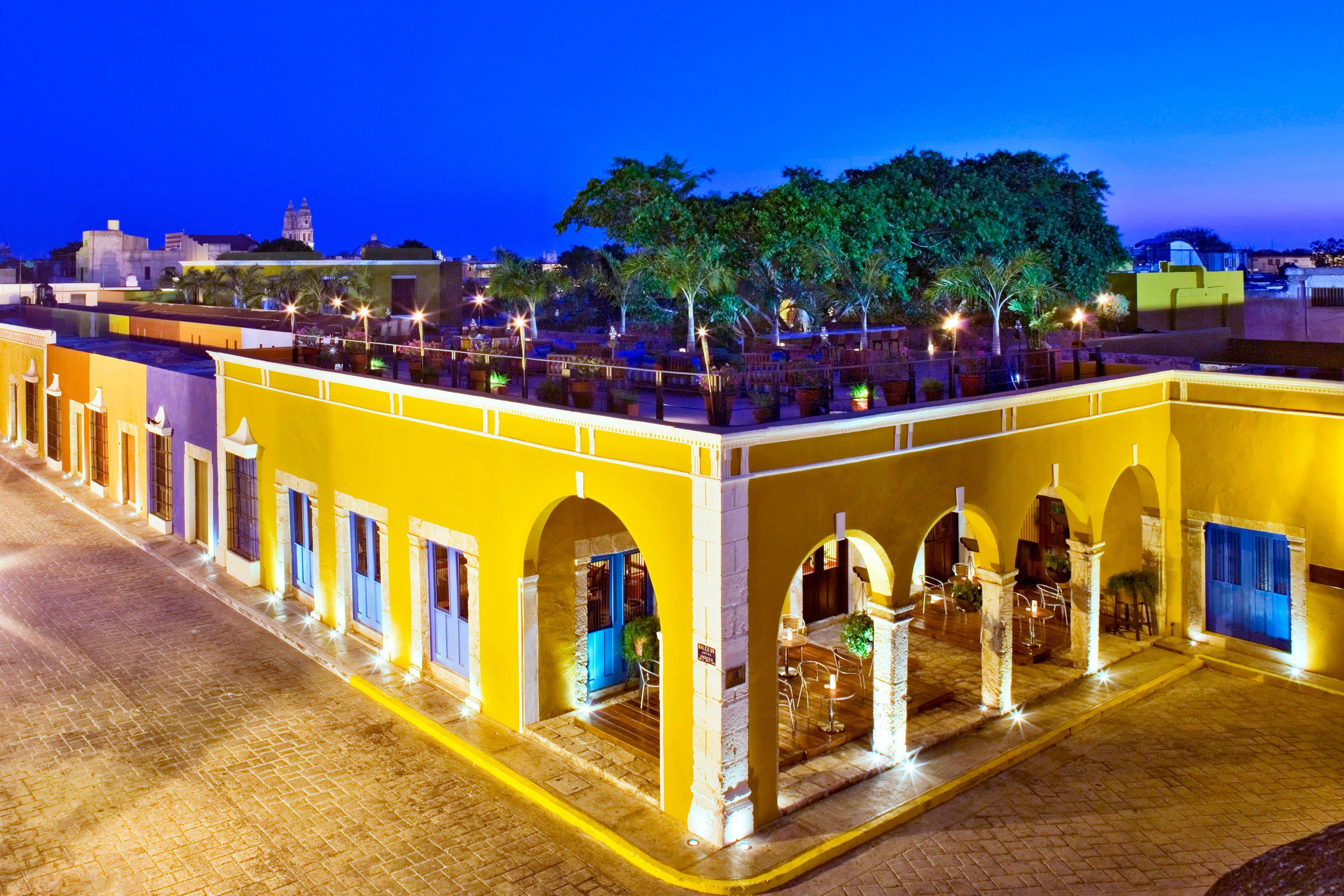 Hacienda Street View