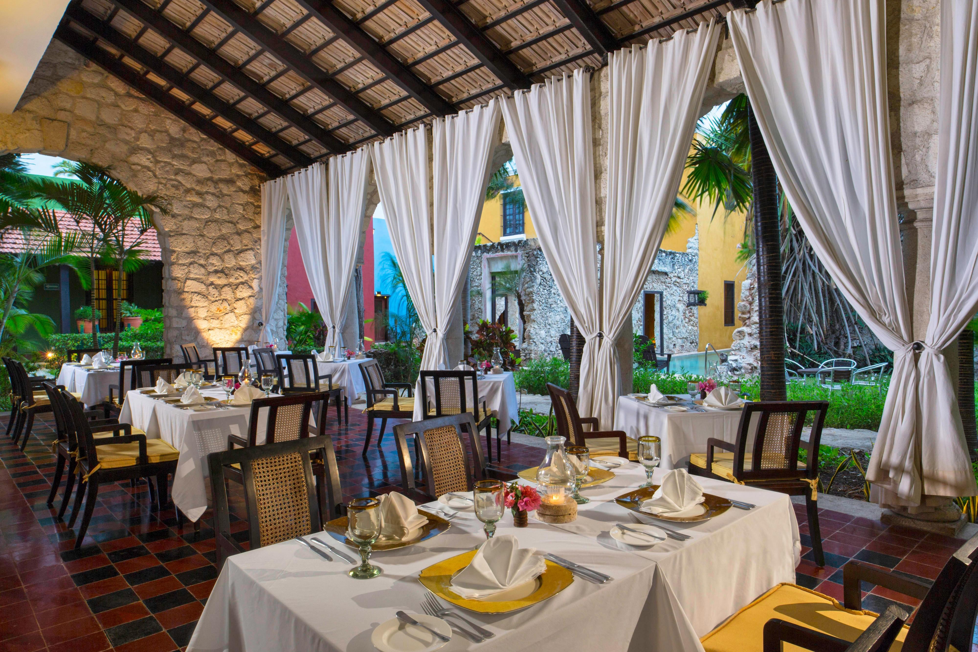 Puerta Campeche Restaurant