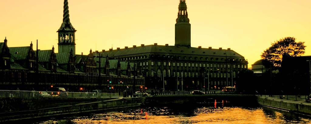 Christiansborg et Bourse de Copenhague