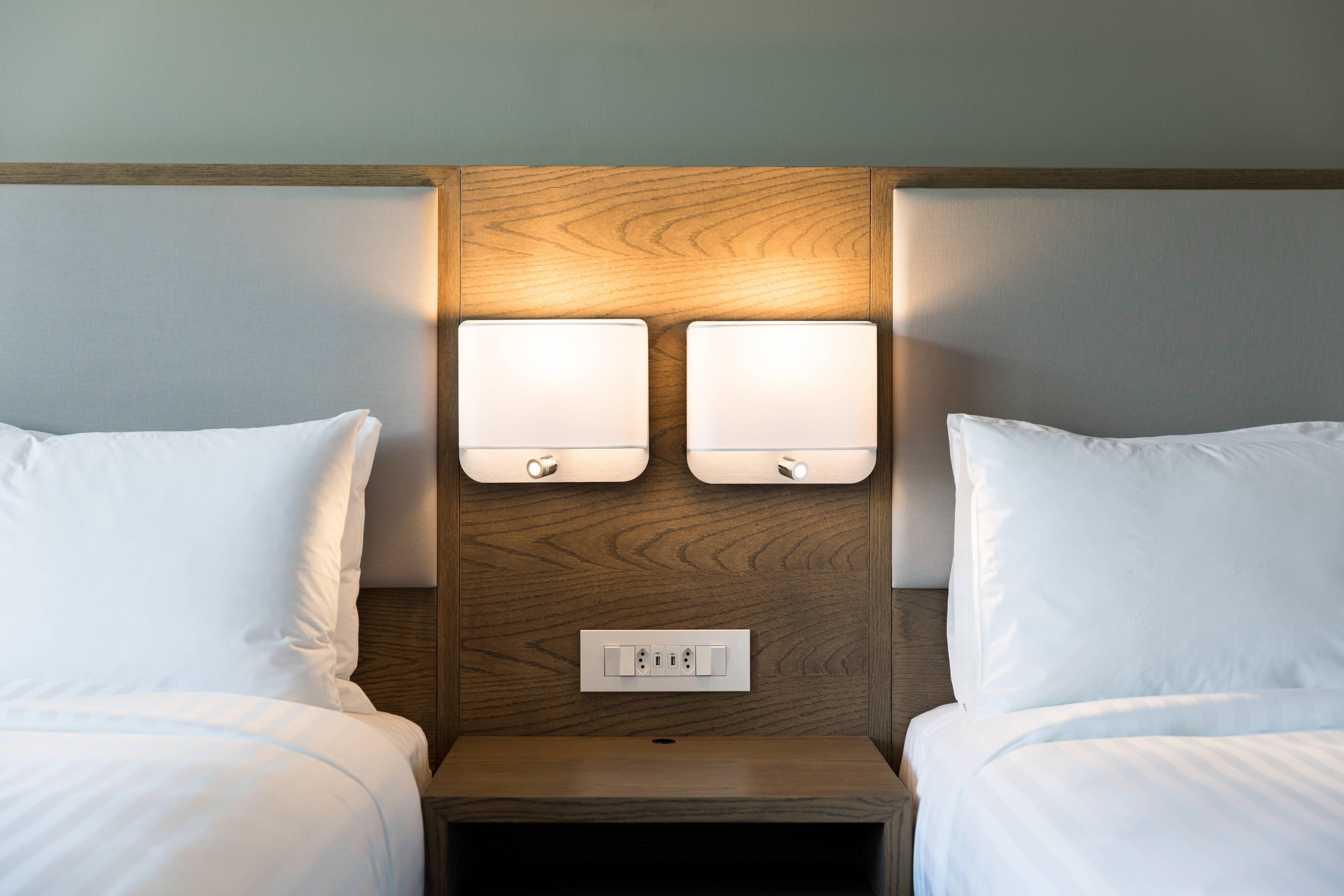 Chambre avec deux lits doubles - Vue sur la montagne