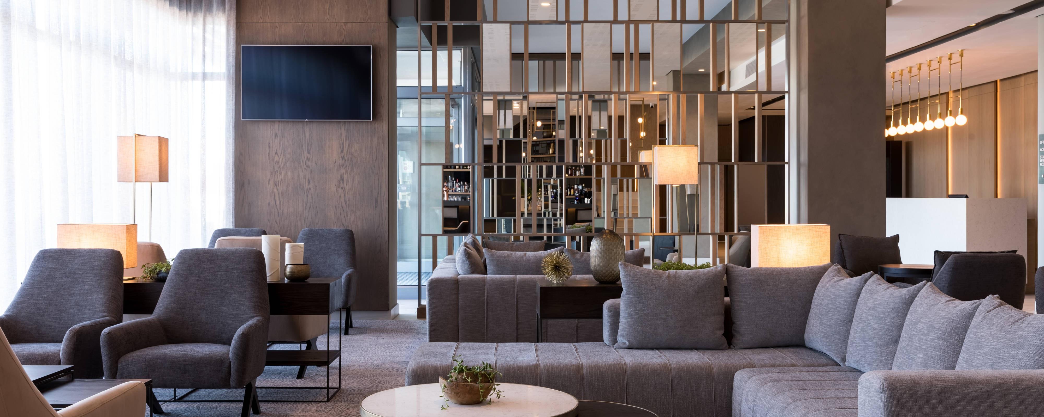produit chaud nouveau concept Garantie de satisfaction à 100% Cape Town hotel restaurants   AC Hotel Cape Town Waterfront ...