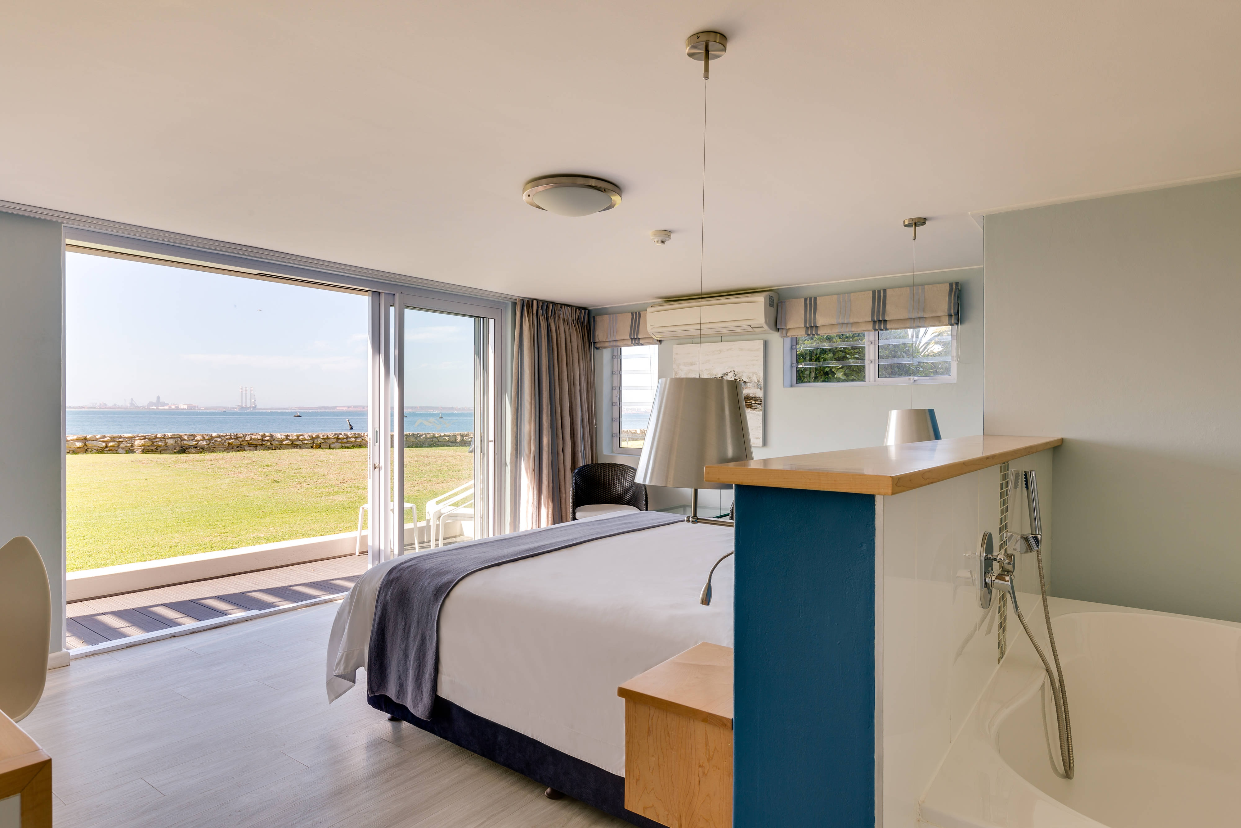 Suite accommodation with Sea View