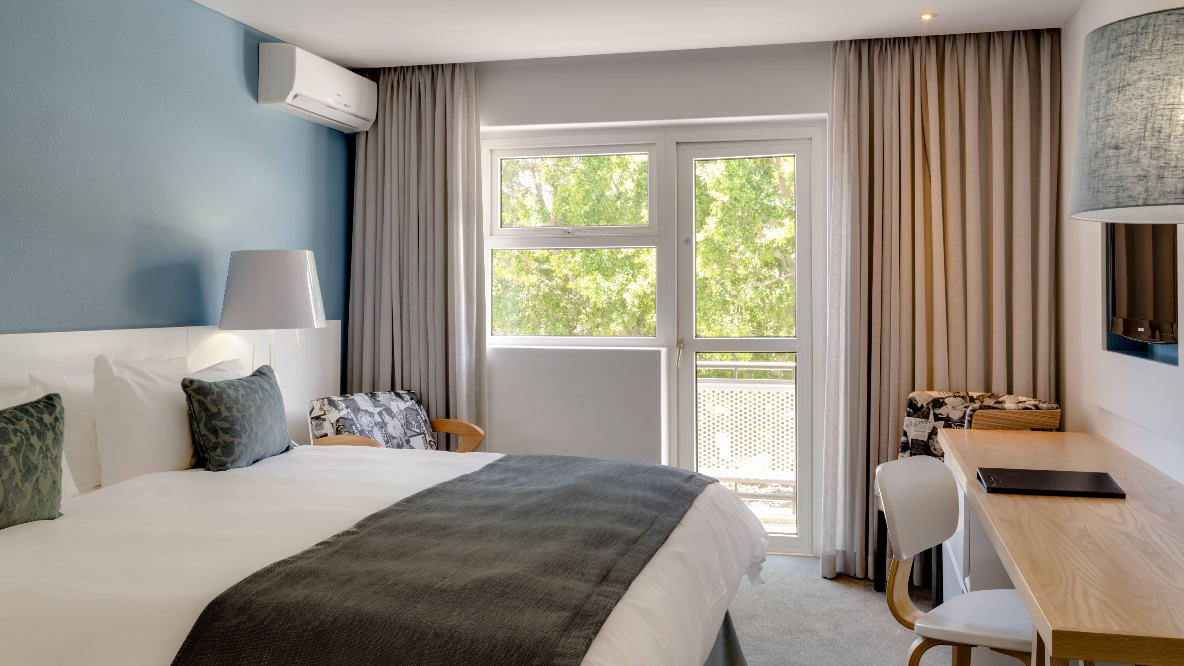 Standard-Gästezimmer mit Queensize-Bett