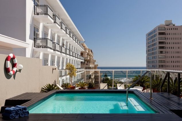 Rooftop Pool with Sea View