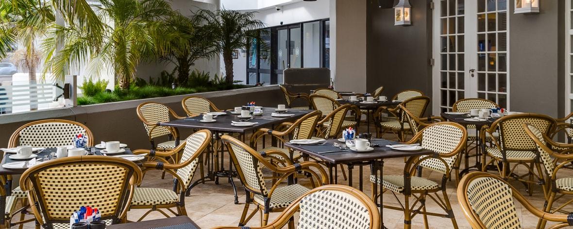 Außenterrasse von Hotelrestaurant