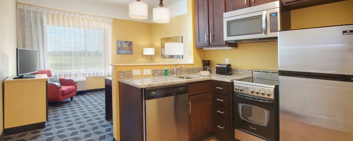 TownePlace Suites Corpus Christi Portland Kitchen