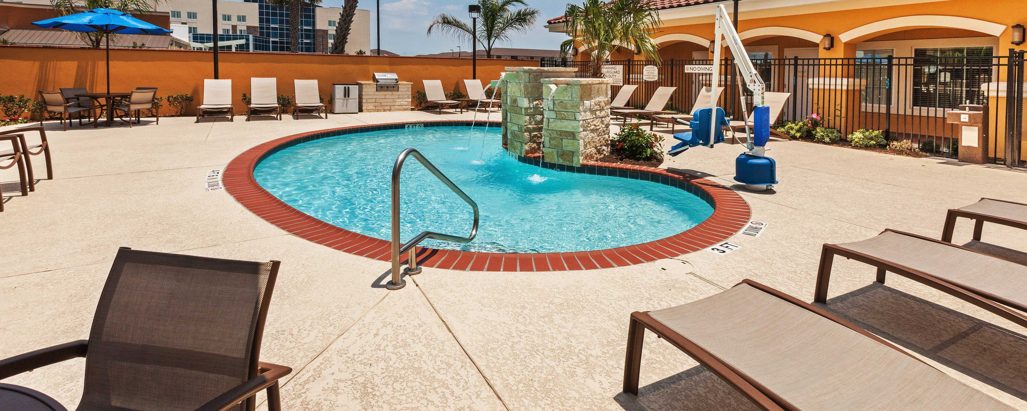 Outdoor Pools in Corpus Christi, TX