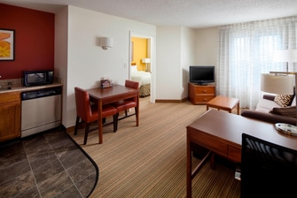 Charleston extended stay hotel suites