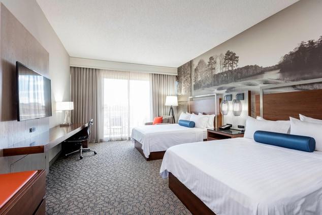 Opelika, AL Hotel Room