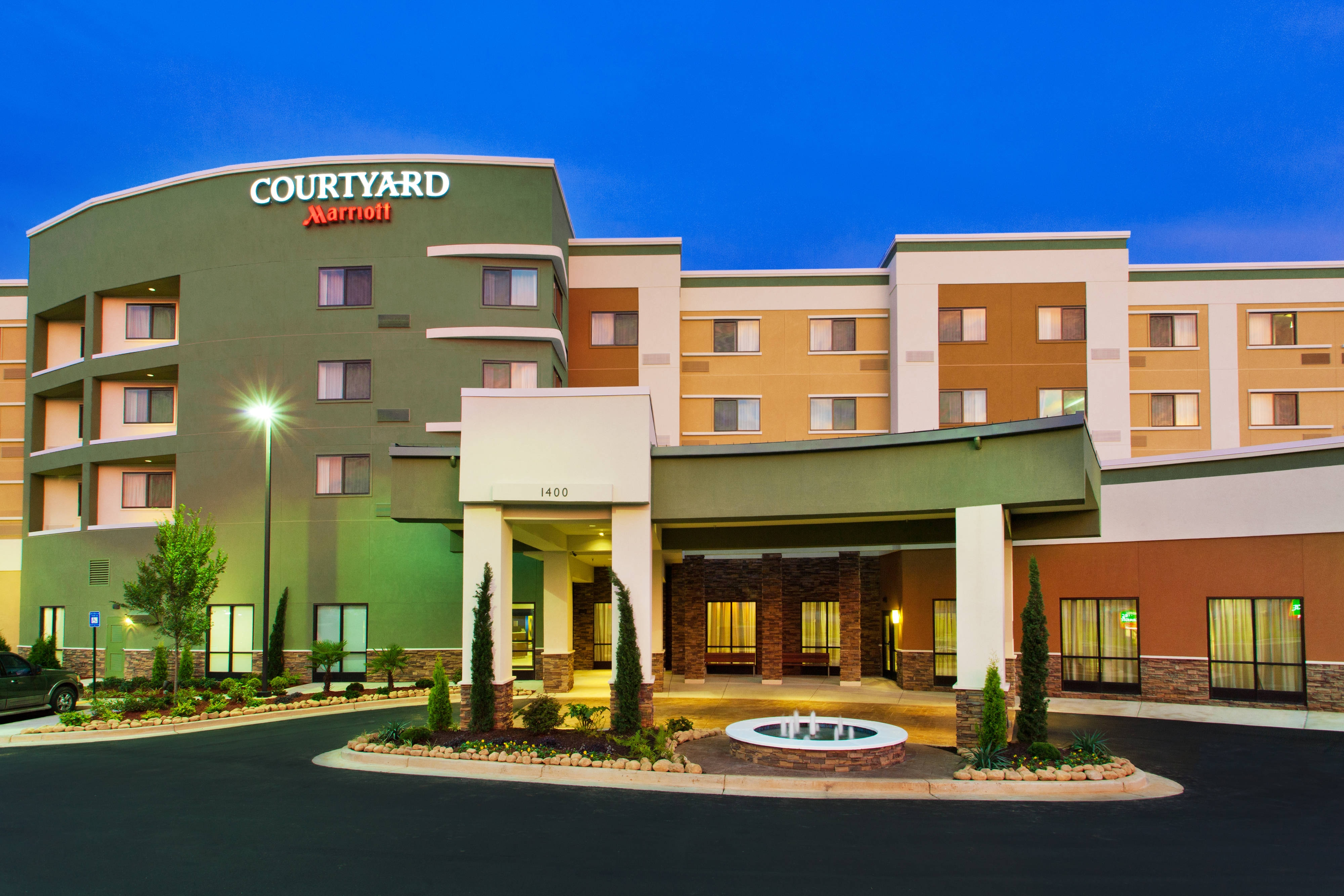 Hotel in Phenix City Alabama