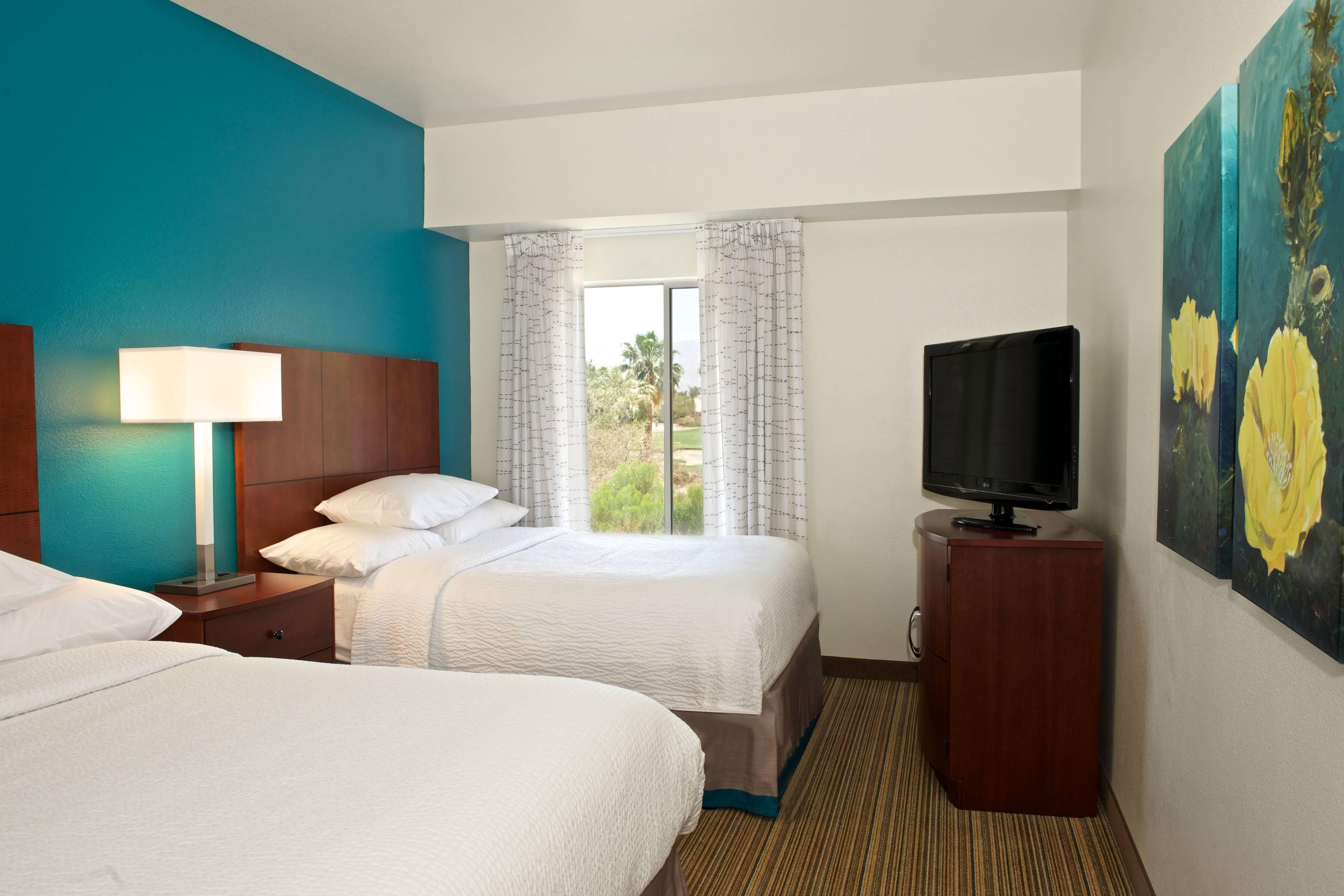 Suite mit zwei Schlafzimmern – Schlafbereich mit zwei Doppelbetten