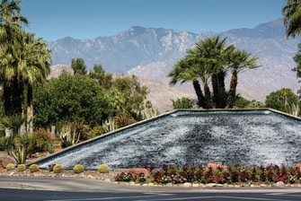 Palm Desert Resort Fountain