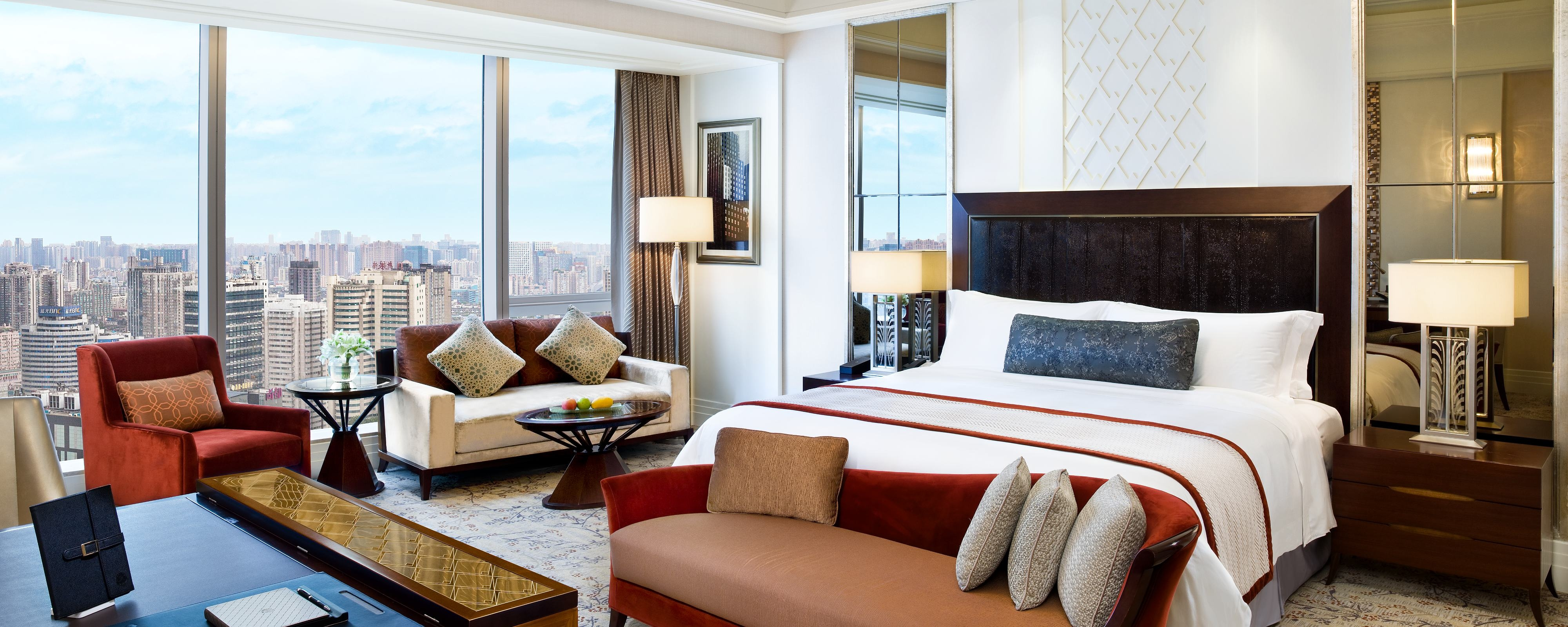 Grand Deluxe Room with City View