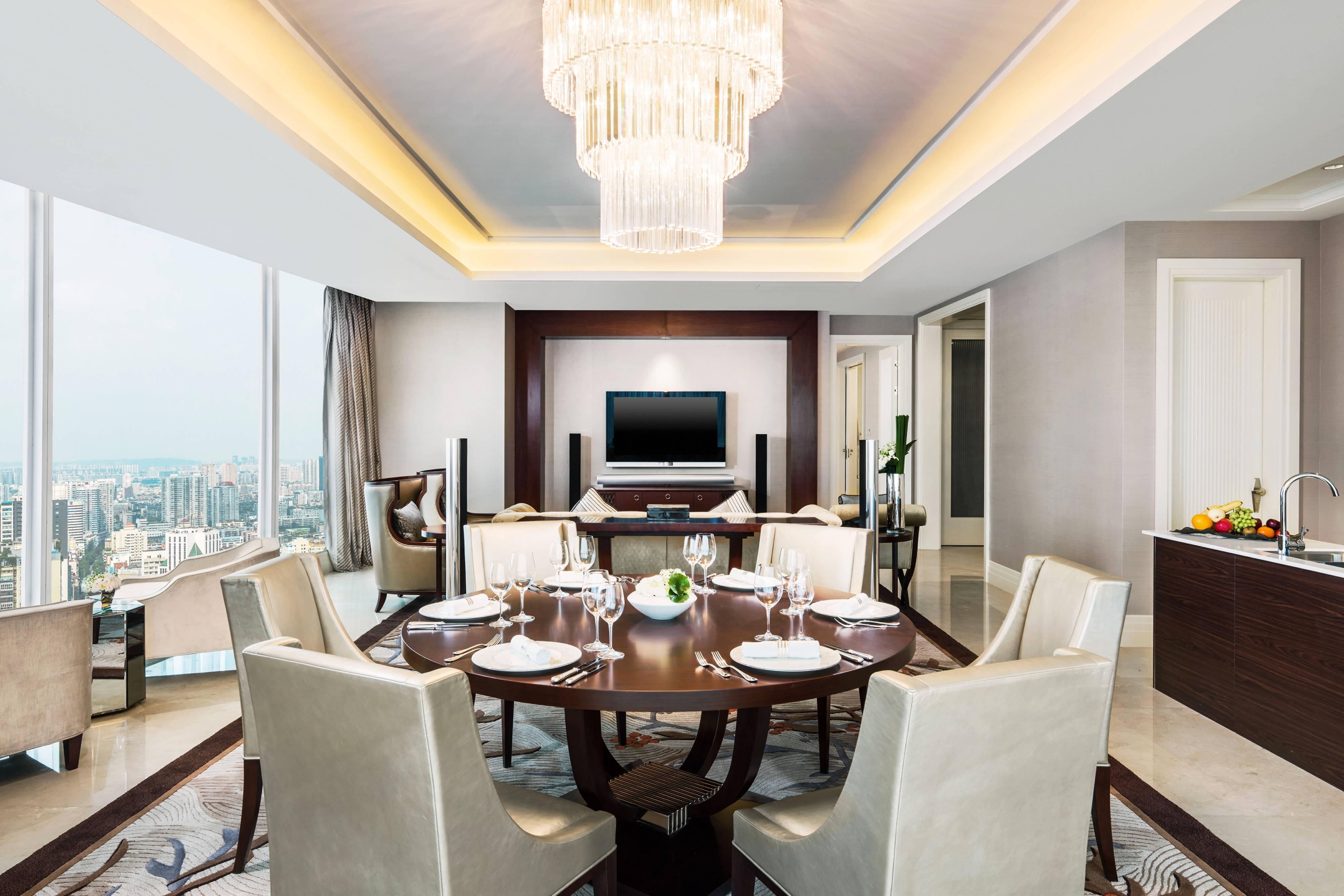 Governor Suite - Living and Dining Area