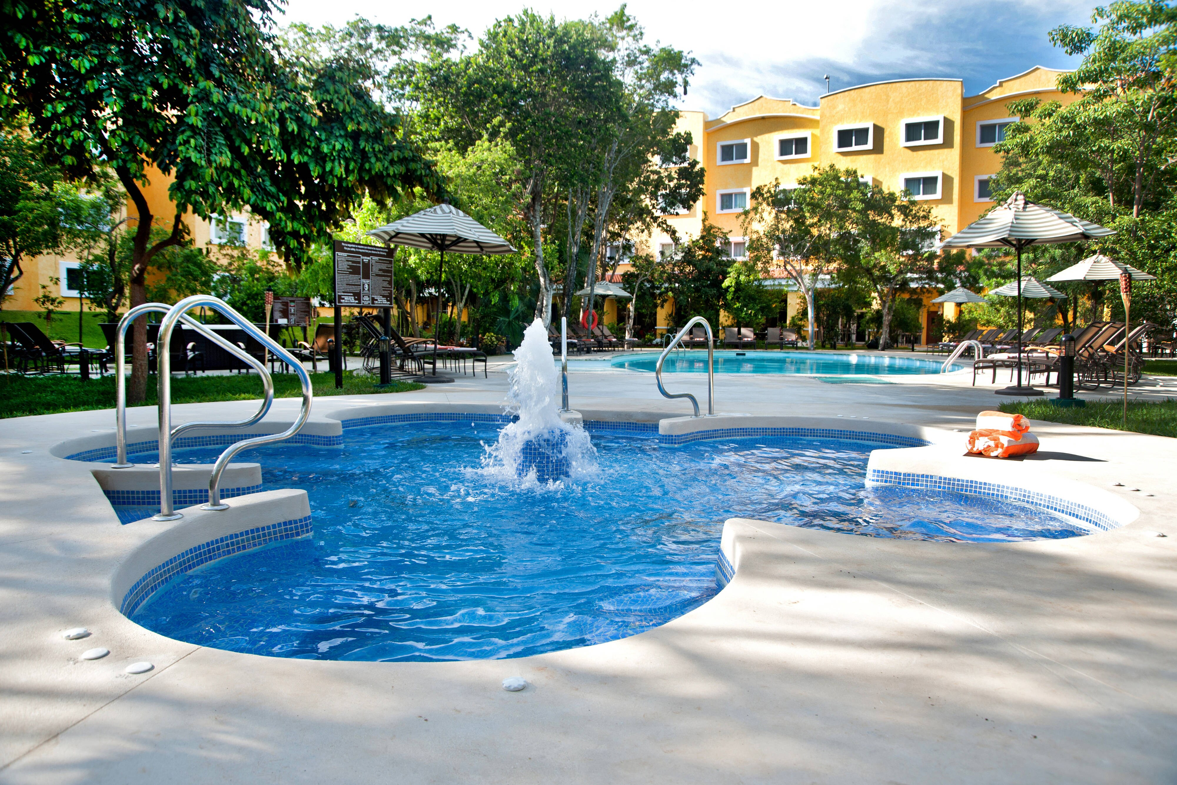 Hotel Cancun Mexico Outdoor Whirpool