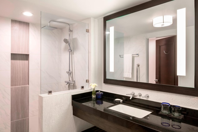 Cancun Resort Bathroom