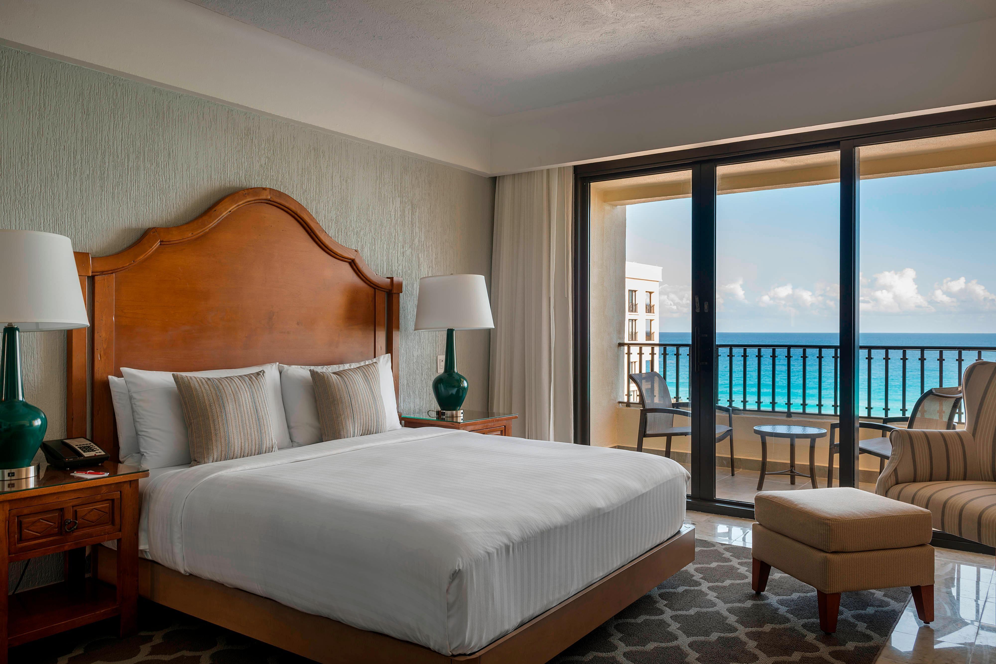 Magna Suite - Bedroom