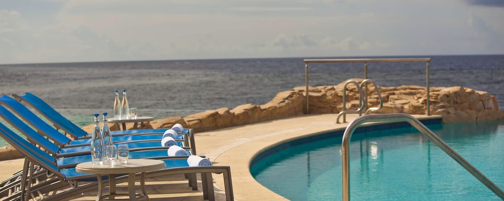 Renaissance Curacao Outdoor Infinity Pool