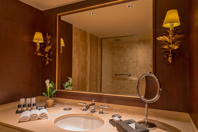 Suite Imperial and Suite Colonial - Bathroom