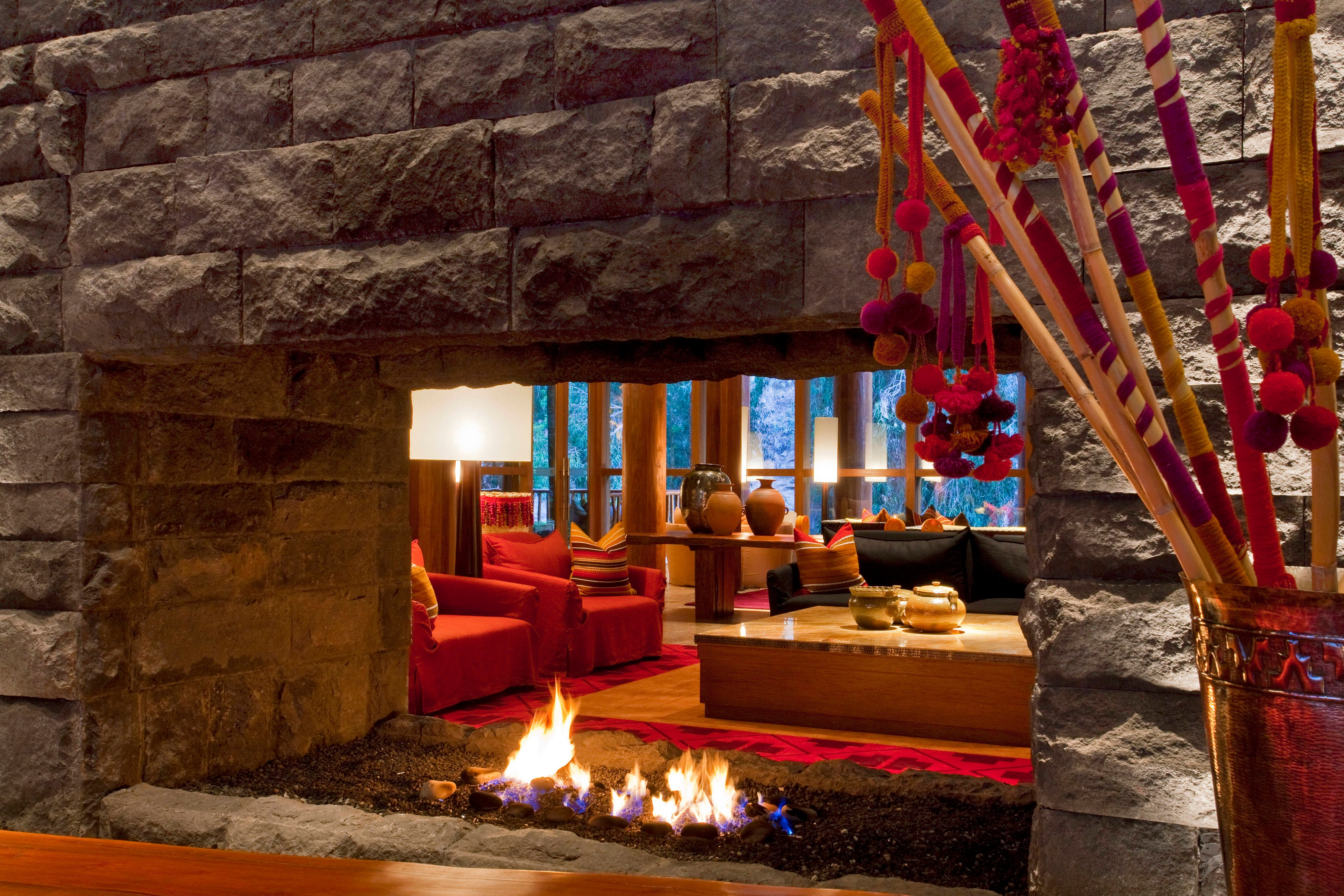 Lobby - fire place