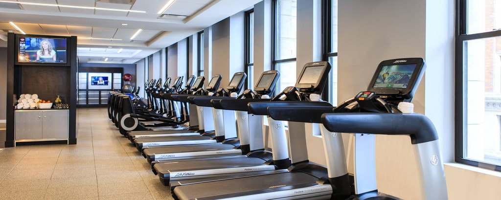 Fitness center in Cincinnati hotel