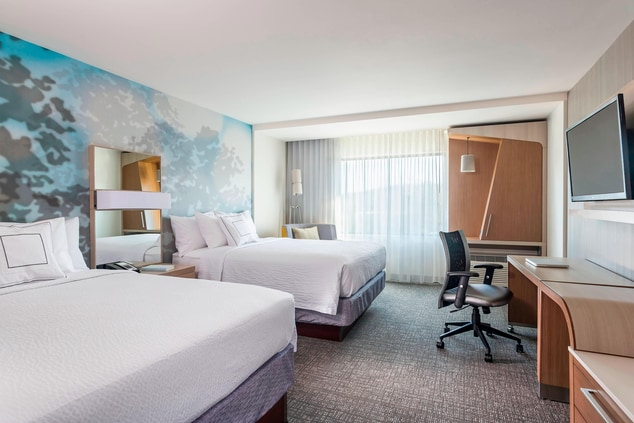 Courtyard Hotel Queen/Queen Guest Room Guest Room