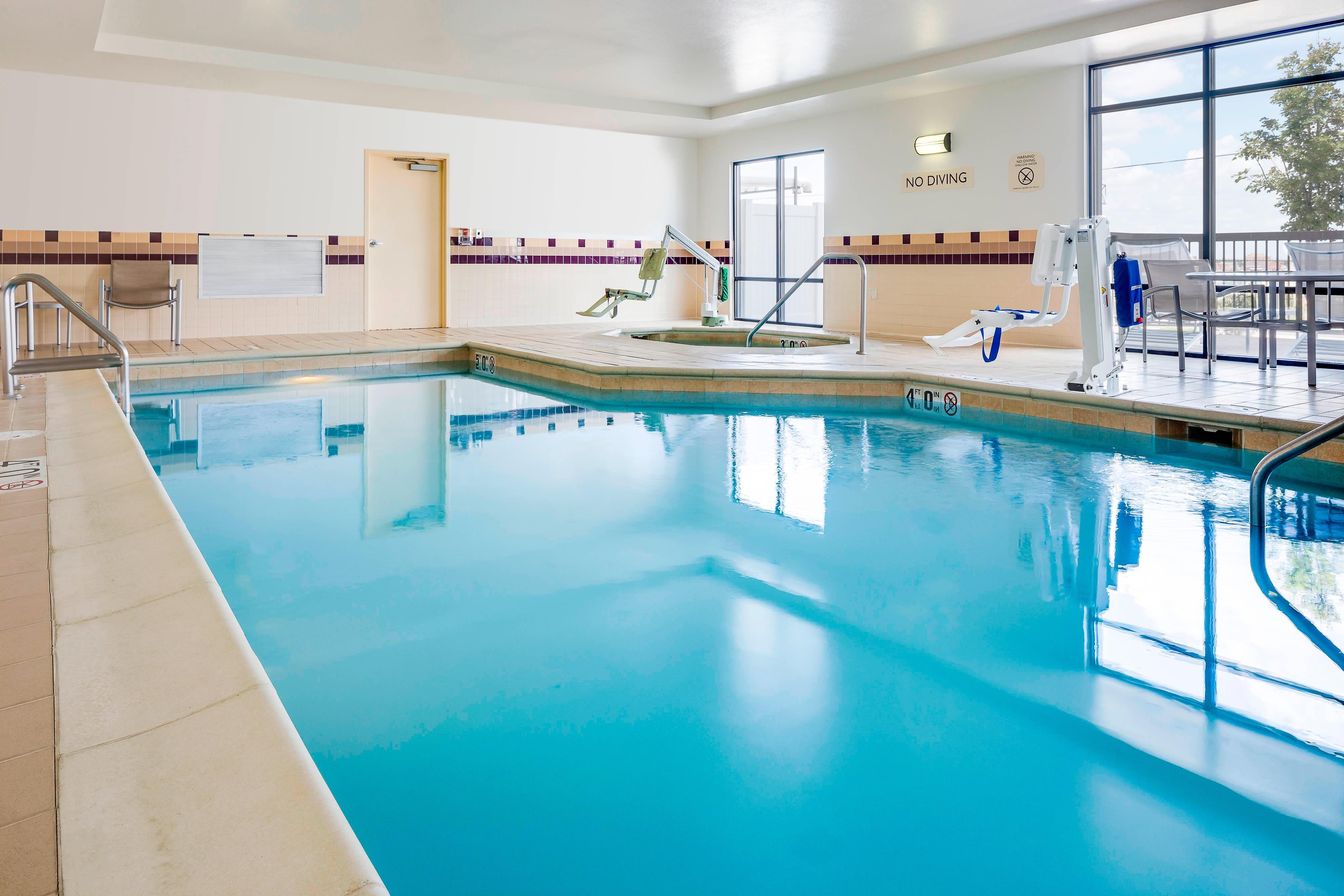 Swimming pool in Cheyenne hotel