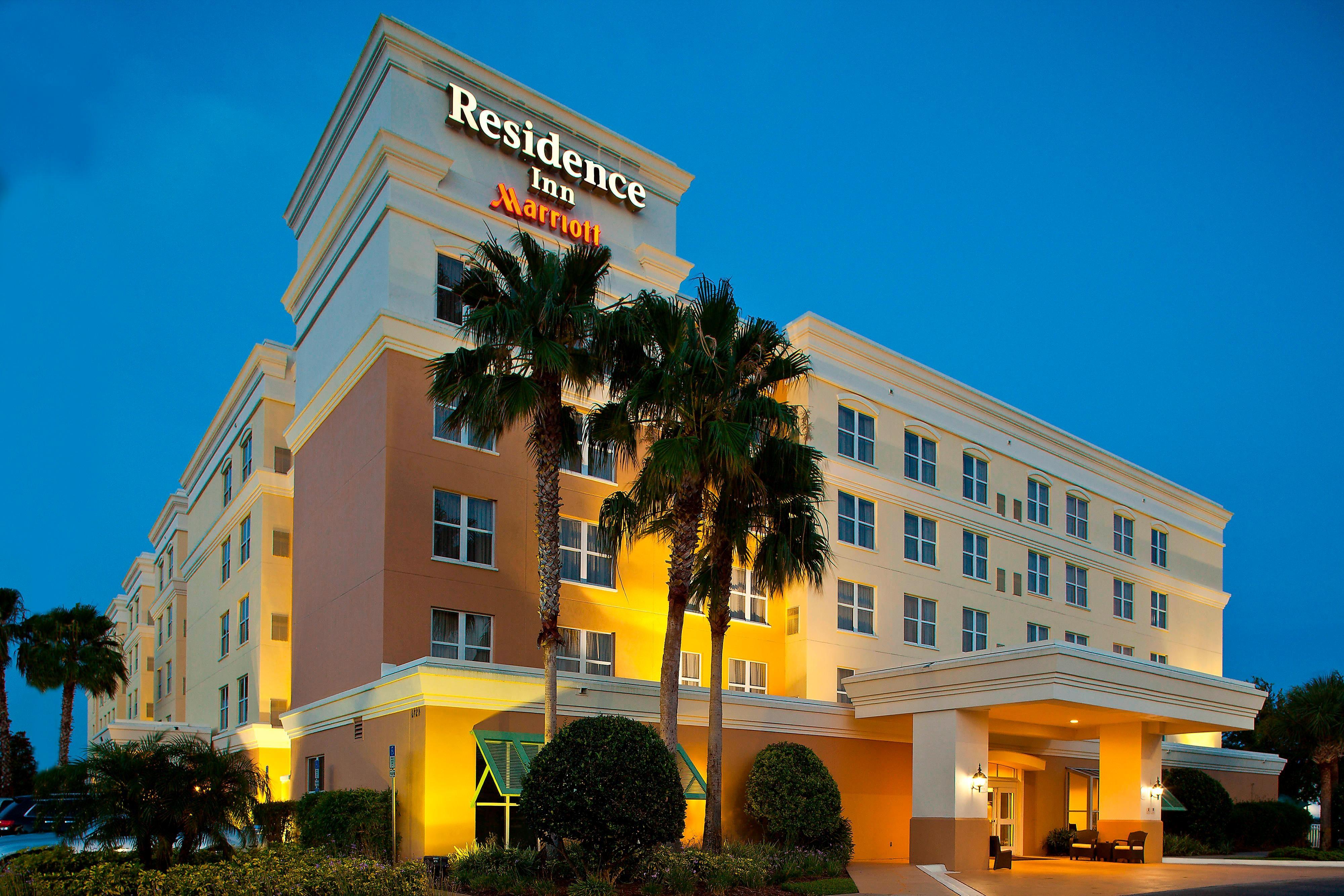Suites in Daytona Beach Exterior