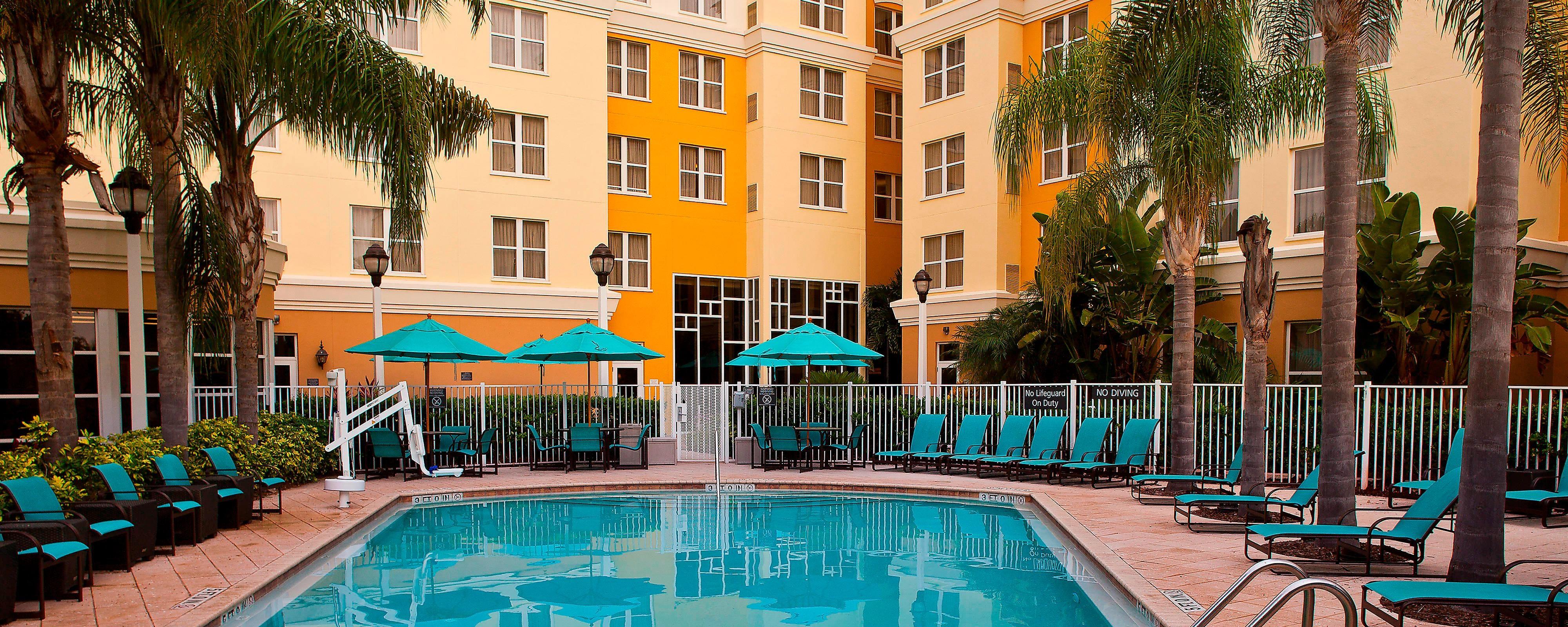 Daytona Beach Speedway Hotel Pool