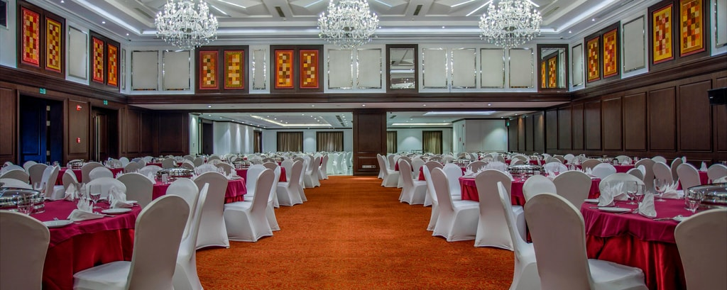 Restaurants with private rooms in dhaka
