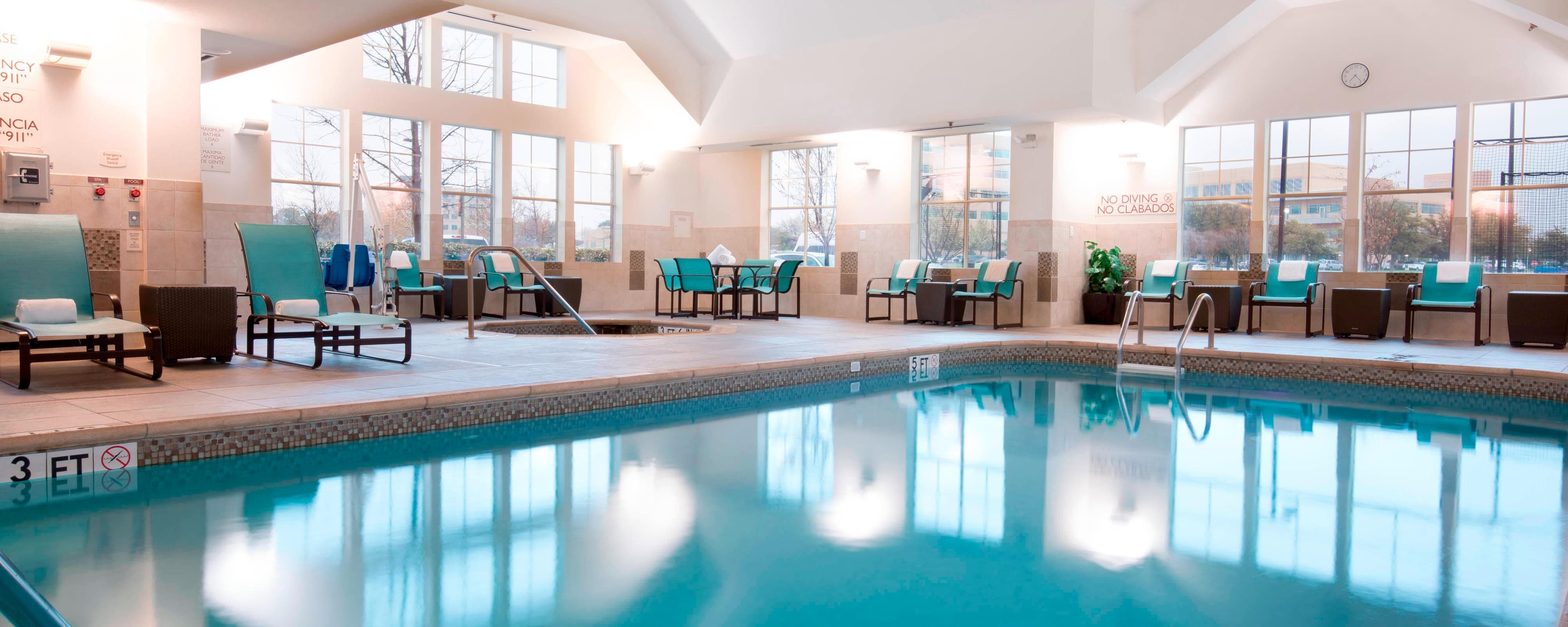 Arlington tx hotel with indoor pool residence inn dallas arlington south for Hotels in arlington tx with indoor swimming pool