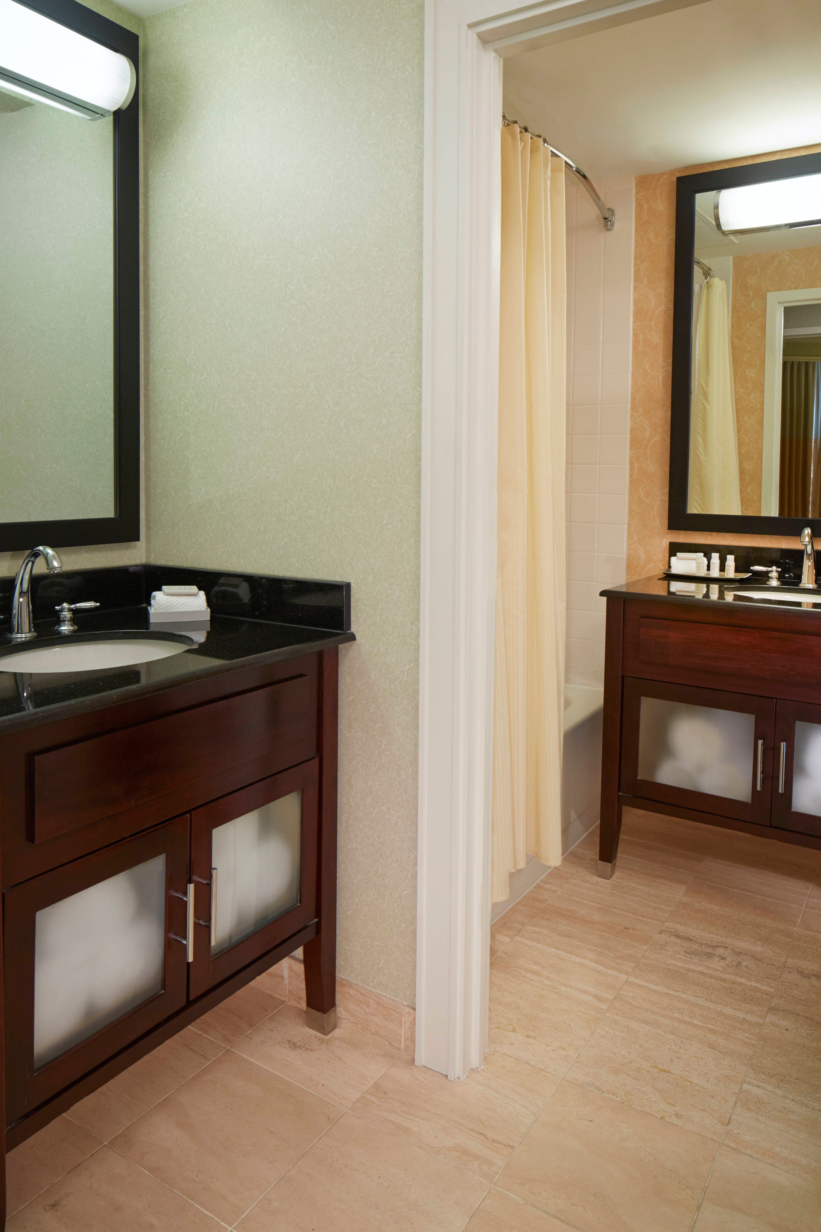 Dallas Luxury Hotel Rooms