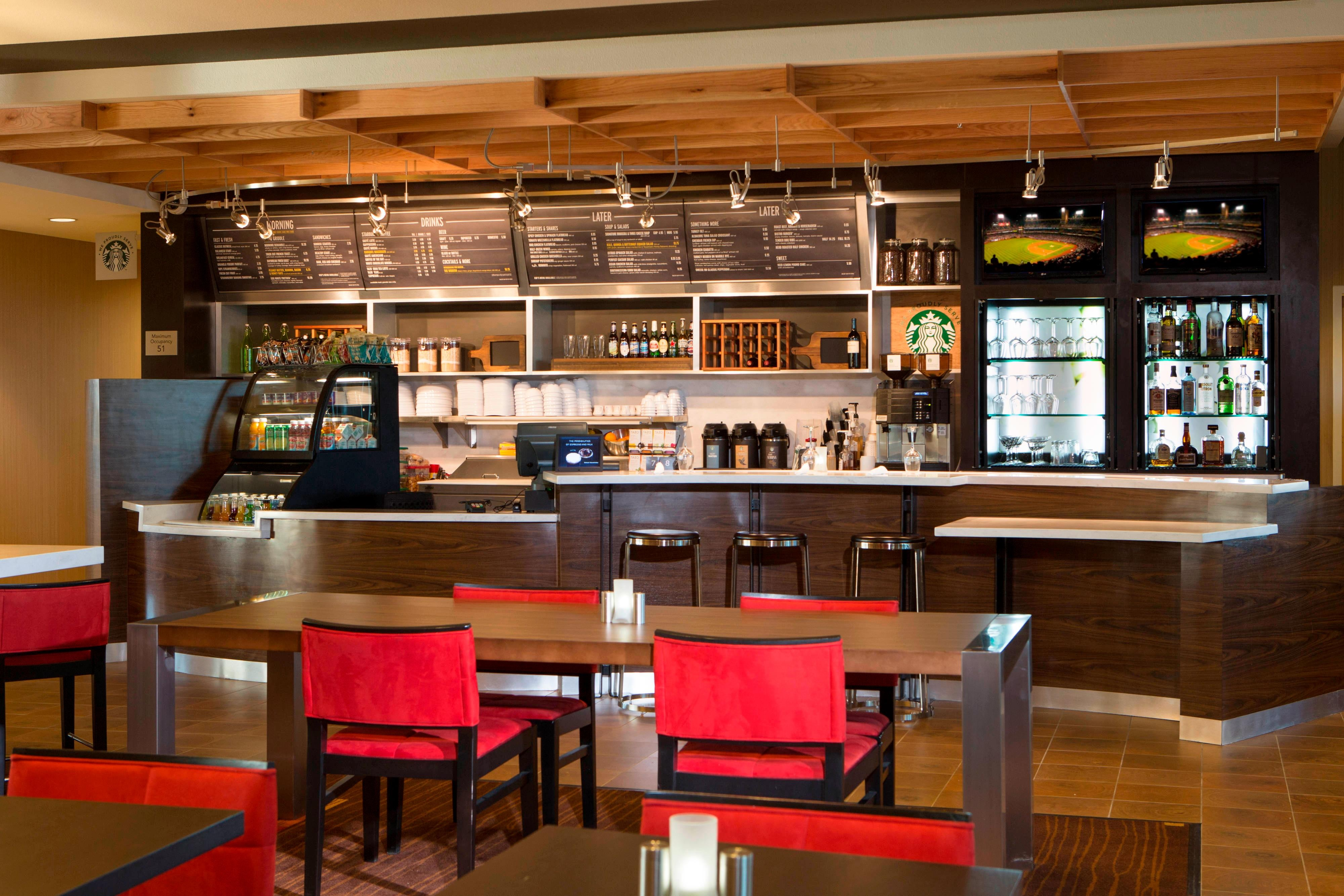 Midlothian Hotel Bistro Restaurant and Seating