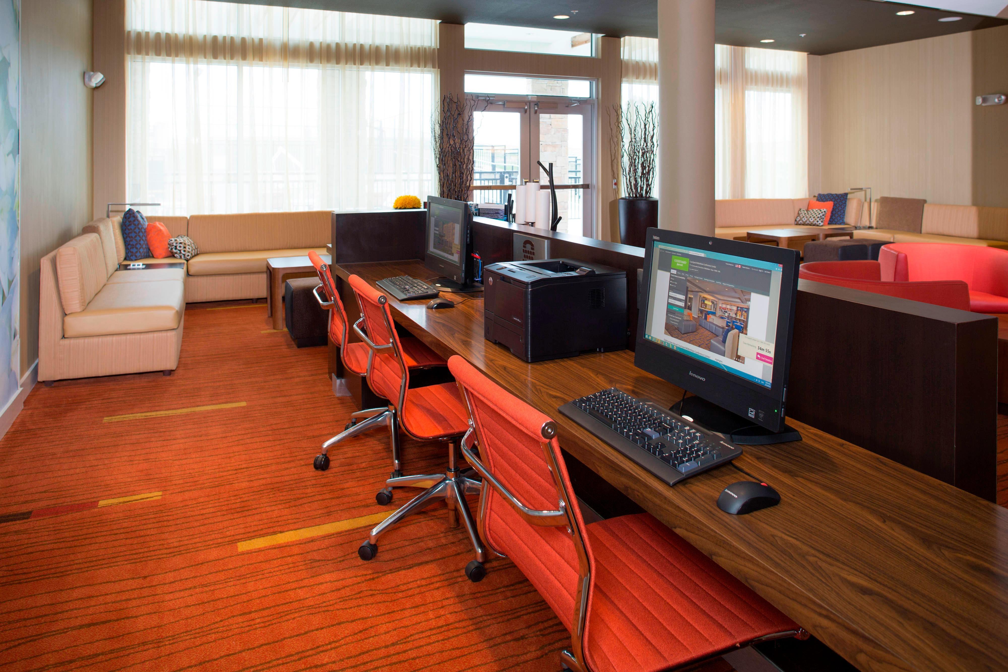 Midlothian hotel business center