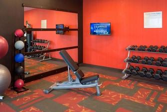 Midlothian hotel fitness facilities