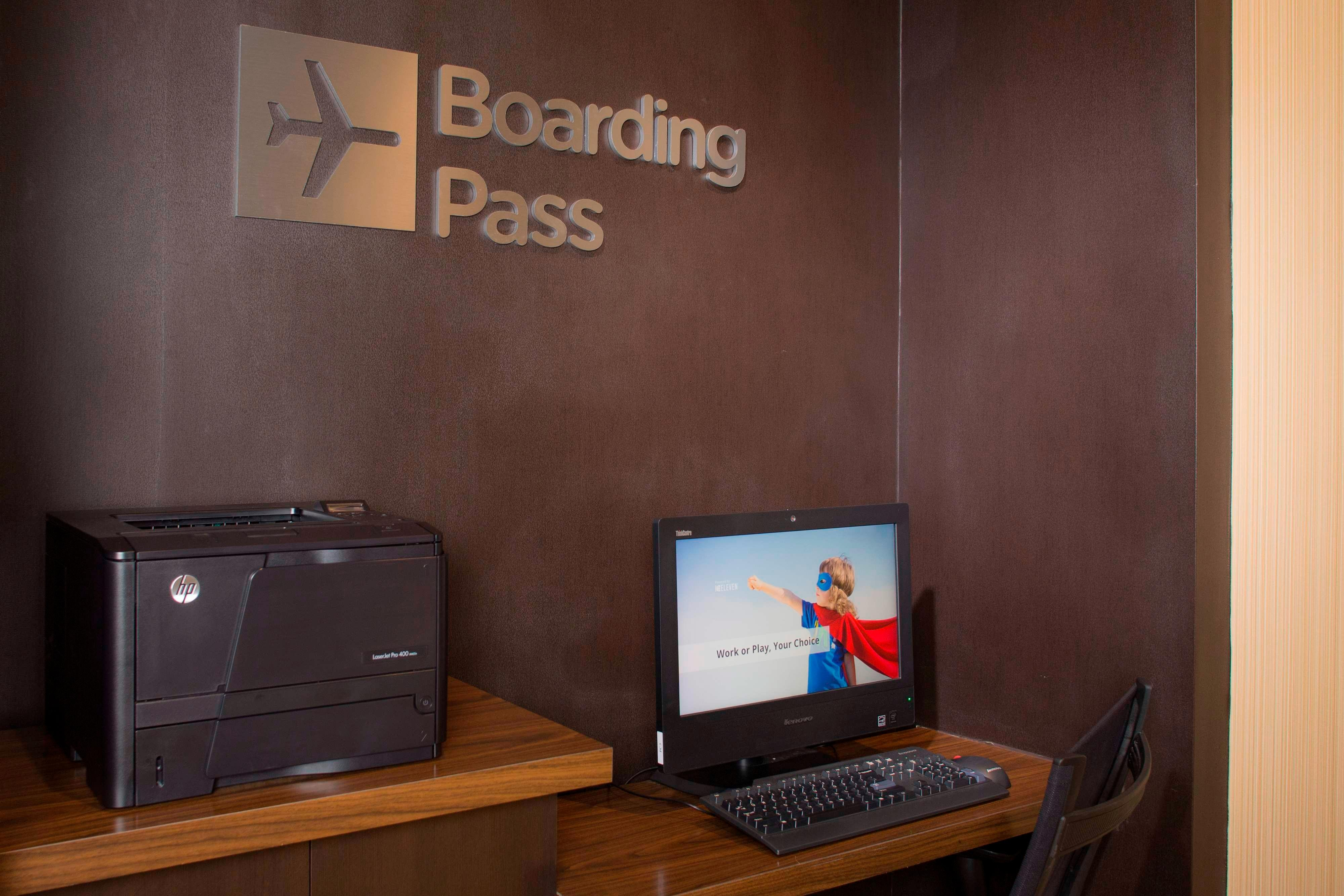 Midlothian hotel boarding pass station
