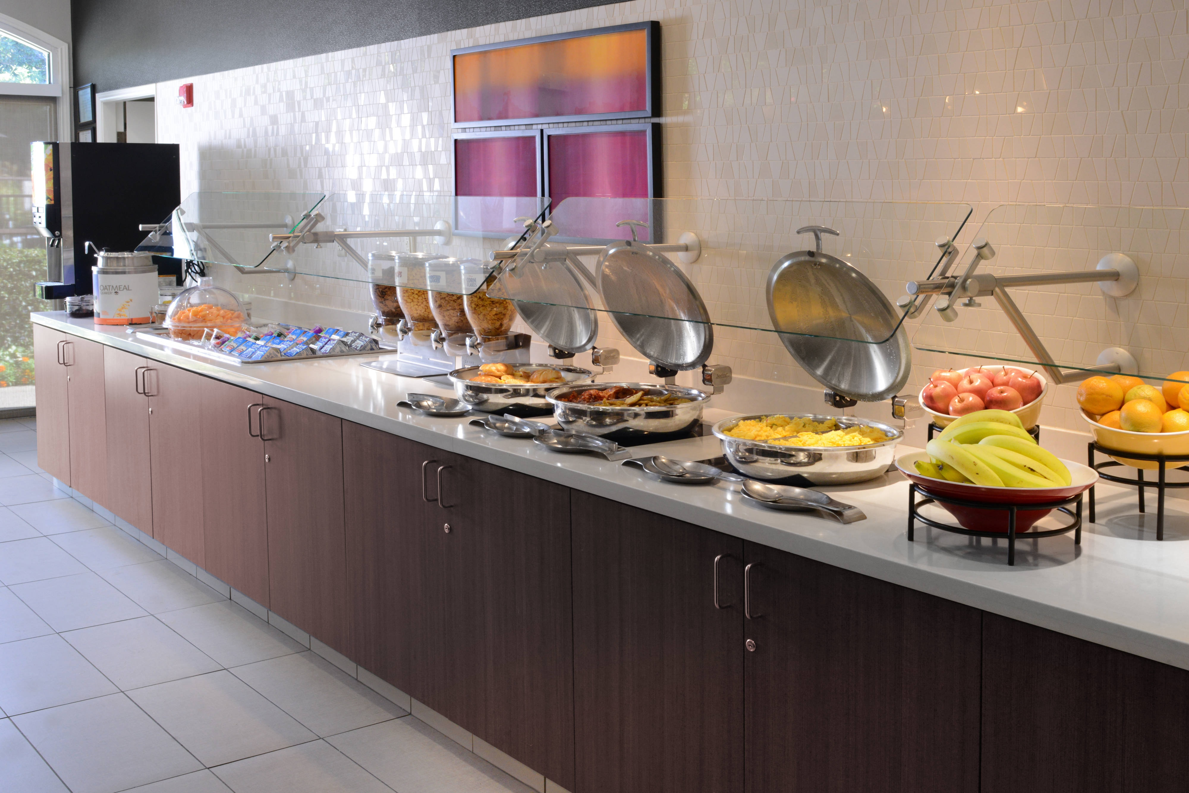 Complimentary breakfast at Residence Inn Dallas Central Expressway