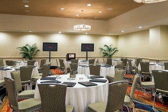 Somerset Meeting Room – Banquet Setup