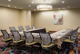 Normandy Meeting Room – U-Shape Setup