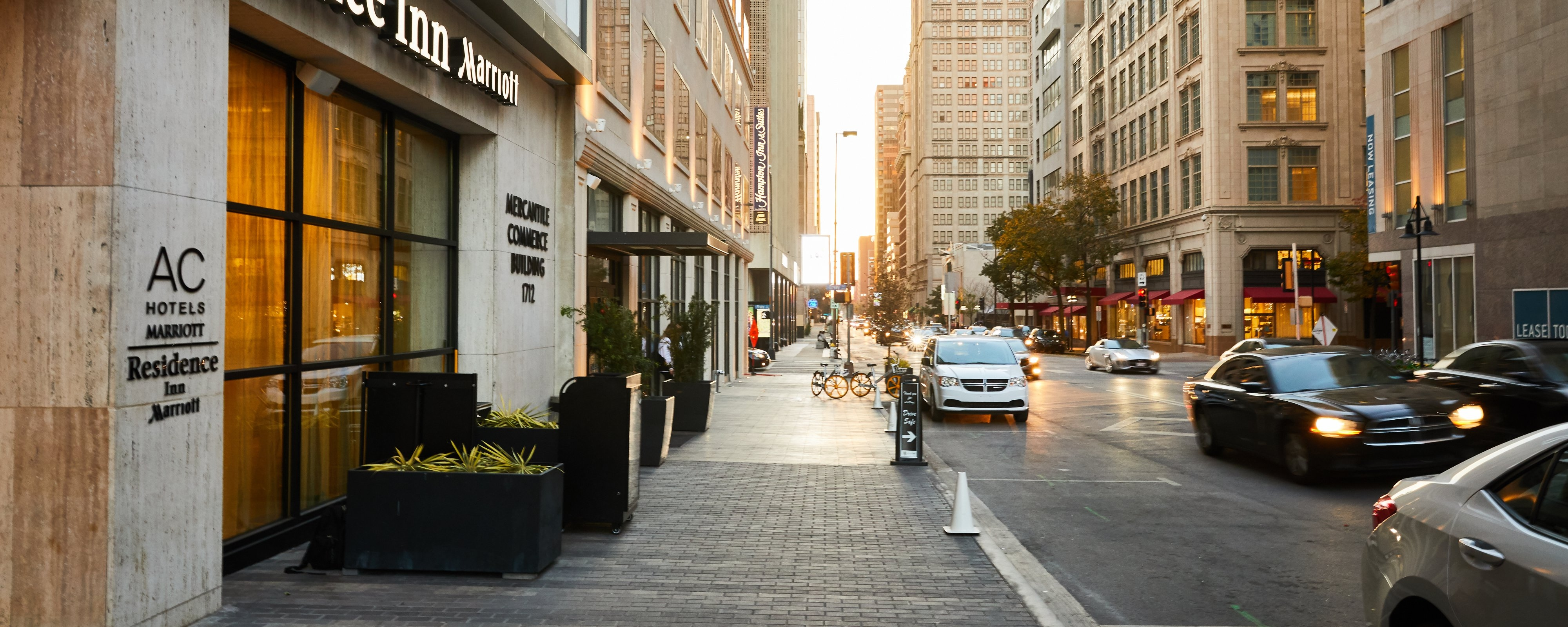 Extended-Stay Hotels in Downtown Dallas, TX | Residence Inn Dallas ...