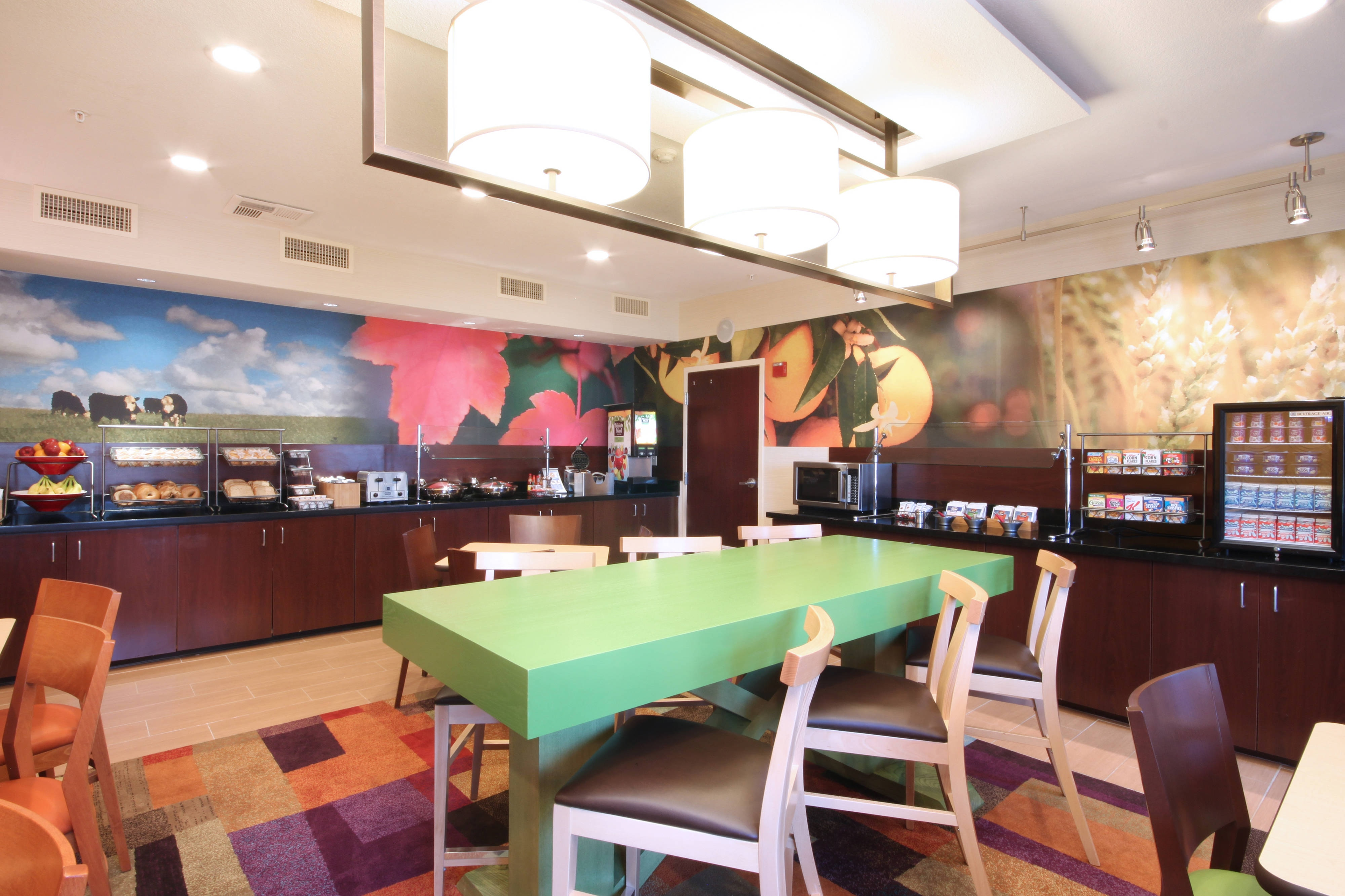 Fairfield Inn & Suites Dallas Las Colinas Breakfast