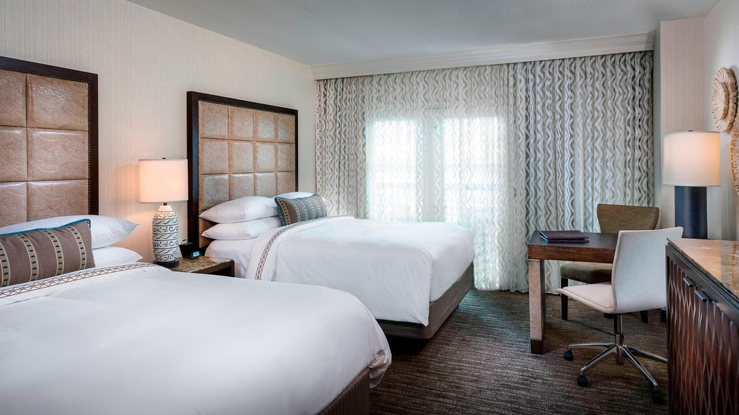 Double Queen Guest Room at Gaylord Texan