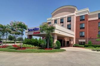Irving Texas hotel entrance