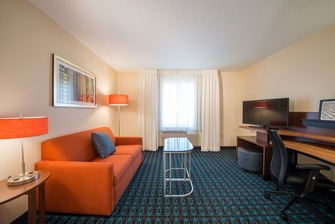 Hotels near Lewisville area attractions