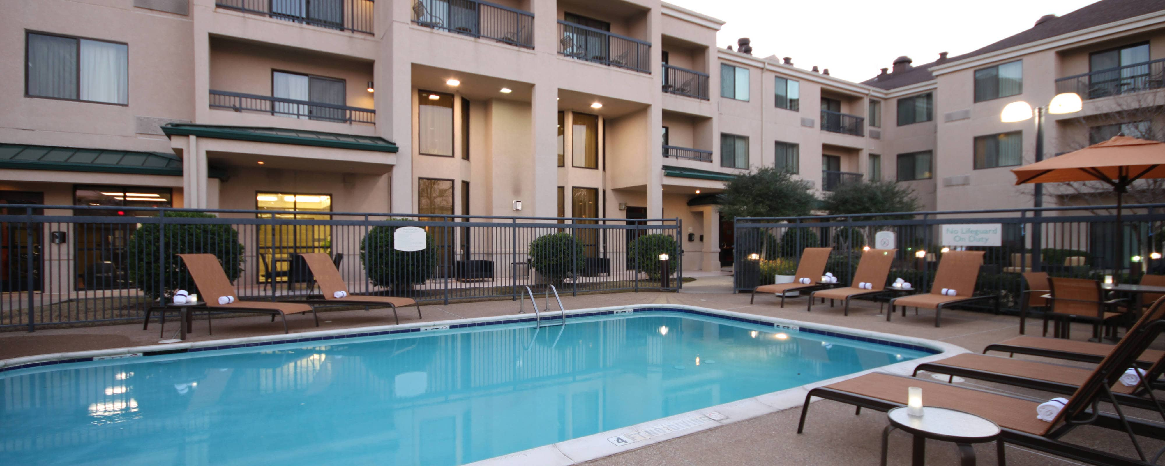 Lewisville DFW hotel indoor pool