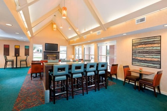 Hotels with Free Breakfast Lewisville